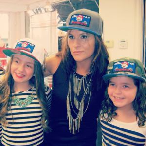 jen-welter-pic-with-fans